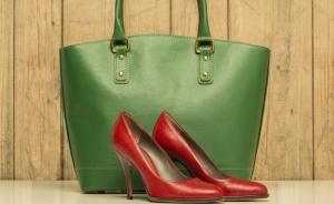 combinar-sapato-e-bolsa